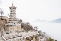 ХЭНАНЬ, КИТАЙ - 10-ое ноября 2015: Монастырь Songshan в Sanhuangzhai s Стоковая Фотография RF