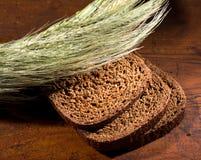 Хлебопекарня соединяет хлеб Стоковое Изображение