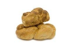 2 хлебца challah на белизне Стоковое Фото