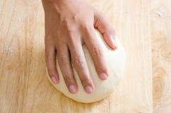 Хлеб варя, тесто хлеба Стоковые Изображения RF