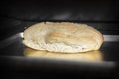Хлеб в печи Стоковые Фото
