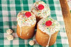 хлеб испечет декоративную традицию пасхи Стоковое Изображение RF