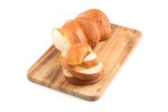 хлеб доски прерывая отрезанное деревянное Стоковая Фотография RF