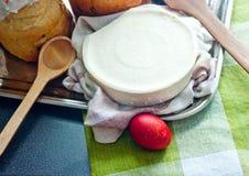 хлеб предпосылки испечет белизну теней подготовки печень пасхальныхя мягко стоковая фотография rf