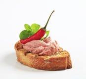 Хлеб провозглашанный тост грилем с pate стоковое изображение rf