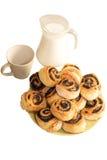 Хлеб с маковыми семененами и молоком Стоковые Фото