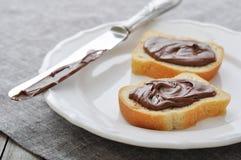 Хлеб с сливк фундука стоковые фото