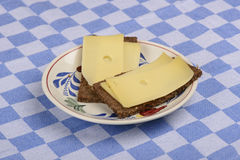 Хлеб Rye с сыром Стоковые Фото