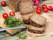 Хлеб Wholemeal с семенами подсолнуха стоковое фото