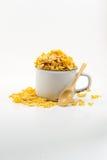 Хлопья в белой чашке с деревянной ложкой, здоровым завтраком Стоковое Изображение RF