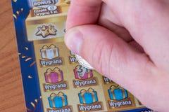 Царапать билет лотереи царапины- стоковое фото rf