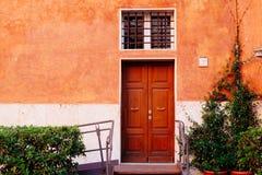 цветастая дверь стоковая фотография