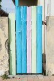 Цветастая деревянная дверь Стоковые Фотографии RF