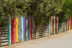 Цветастая деревянная загородка Стоковое Изображение RF