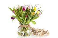 цветастая стеклянная ваза тюльпанов Стоковое Изображение RF