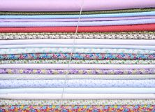 Цветастая хлопко-бумажная ткань стоковые фотографии rf
