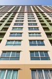 Цветастое высокое здание Стоковая Фотография RF