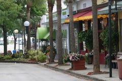 цветастое привлекательно старомодный село внешних витрин магазина Стоковое фото RF