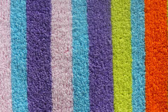 Цветастое пляжный полотенце Стоковые Фотографии RF