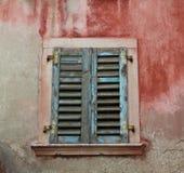 Цветастое старое окно Стоковые Фото