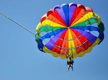Цветастое parasail в ясном голубом небе Стоковая Фотография