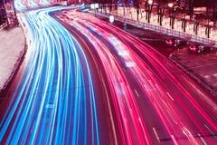 цветасто над улицами тесемок Стоковое фото RF