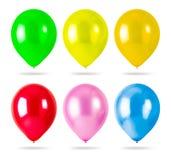 Цветастые воздушные шары изолированные на белой предпосылке Украшения партии стоковые фотографии rf