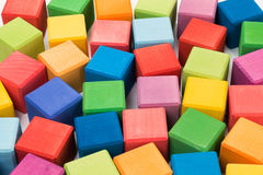 цветастые кубики деревянные Стоковое Изображение RF