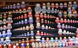 цветастые куклы гнездясь русский Стоковое Фото