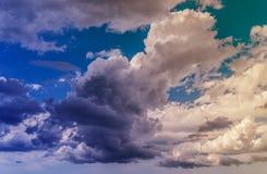 Цветастые облака Стоковое фото RF