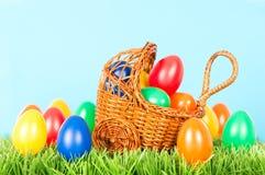 цветастые пасхальные яйца украшения Стоковые Фотографии RF