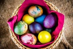 цветастые пасхальные яйца Стоковые Фото