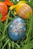 цветастые покрашенные пасхальные яйца Стоковое Фото