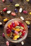 Цветастые смешанные Fruity желейные бобы Стоковое фото RF