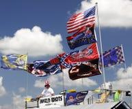 цветастые флаги вентиляторов nascar Стоковая Фотография RF