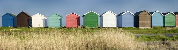Цветастые хаты пляжа Стоковые Изображения
