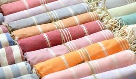 цветастые шарфы стоковая фотография rf