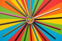 цветастые crayons покрашено различно много карандашей стоковое изображение rf