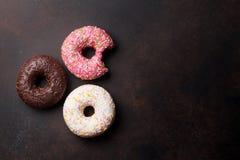 цветастые donuts стоковые фотографии rf