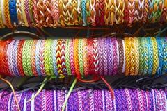 Цветастые wristbands текстурированная ткань предпосылки Ручной работы Стоковая Фотография RF