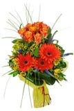 Цветастый букет от роз и gerberas изолированных на белом backg Стоковое Изображение