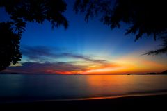 Цветастый заход солнца на острове Koh Chang Стоковые Фото