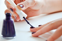 Цветастый маникюр ногтей Стоковое Изображение RF