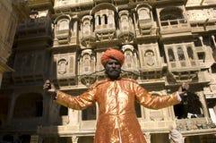 цветастый тюрбан Индии Раджастхана thar пустыни Стоковые Изображения RF