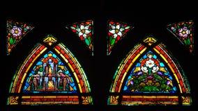 цветастым окно запятнанное стеклом Стоковые Изображения RF