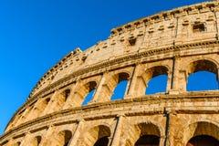Цвета захода солнца на Colosseum или Колизее, Flavian Amphithe Стоковая Фотография