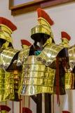 цвета Золото римский панцырь в городе Gerona Испании, 13-ое мая 2017 Стоковые Фотографии RF