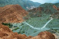 цвета Красно гора в Purmamarca Стоковые Изображения