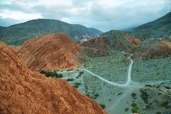 цвета Красно гора в Purmamarca Стоковые Фотографии RF