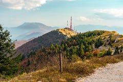 Цвета падения стороны горы Хорватии стоковая фотография